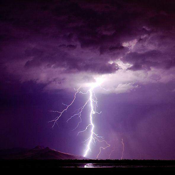 purple lightning in catatumbo